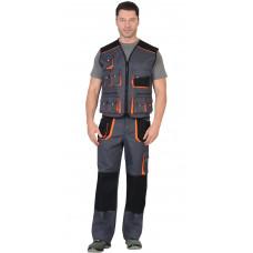 """Костюм """"СИРИУС-МАНХЕТТЕН"""" брюки, жилет т.серый с оранж. и черным тк. стрейч пл. 250 г/кв.м"""